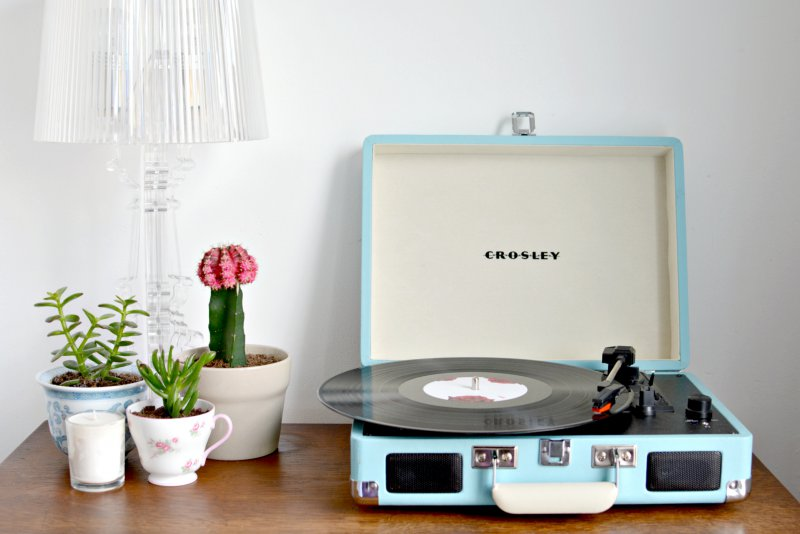 new in crosley record player burkatron. Black Bedroom Furniture Sets. Home Design Ideas