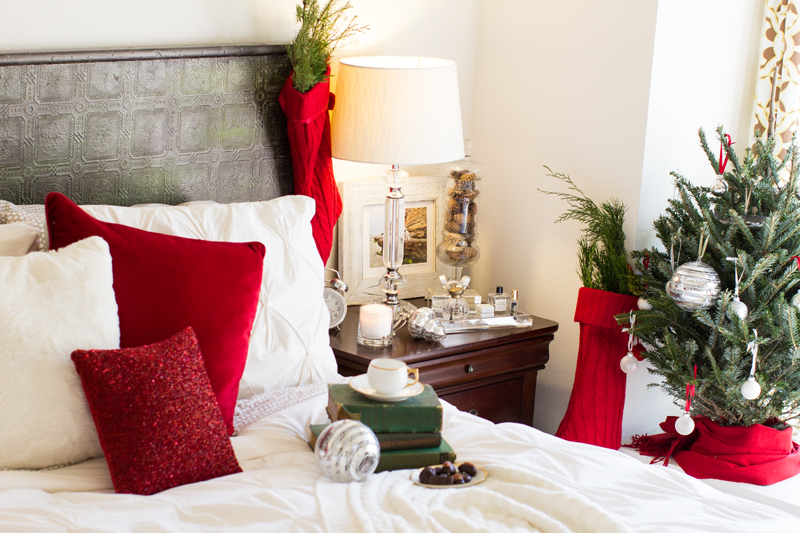bedroom christmas decorations