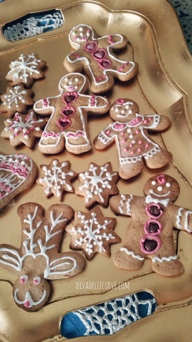 biscotti di natale omini di pan di zenzero gingerbread ricetta