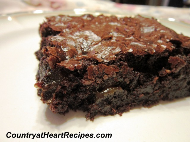 Country at Heart Recipes: Caramel Fudge Brownies