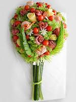 Украса на салата букет от рози