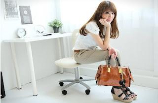 latest fashion bags 2012