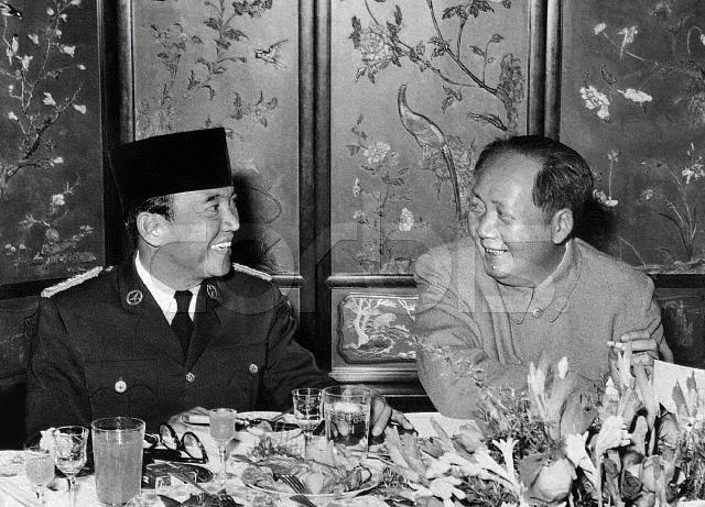 sukarno dan mao zedong