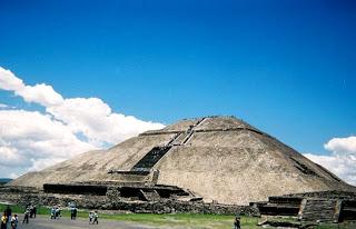 Zona arqueológica, pirámide del Sol