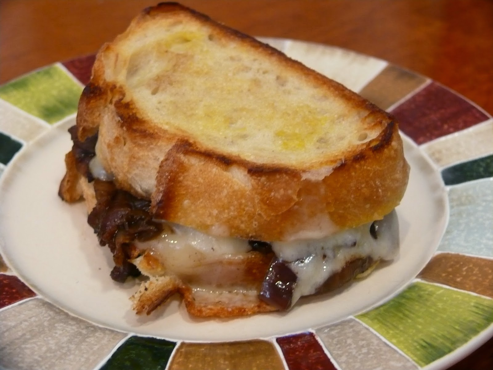 ... & Fabulous: Balsamic & Bacon Caramelized Onion Grilled Cheese