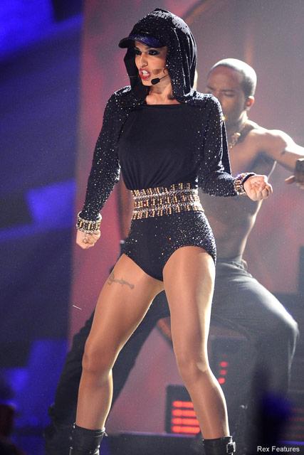 I HER BODY...Cheryl Cole - State beauty Cheryl Cole