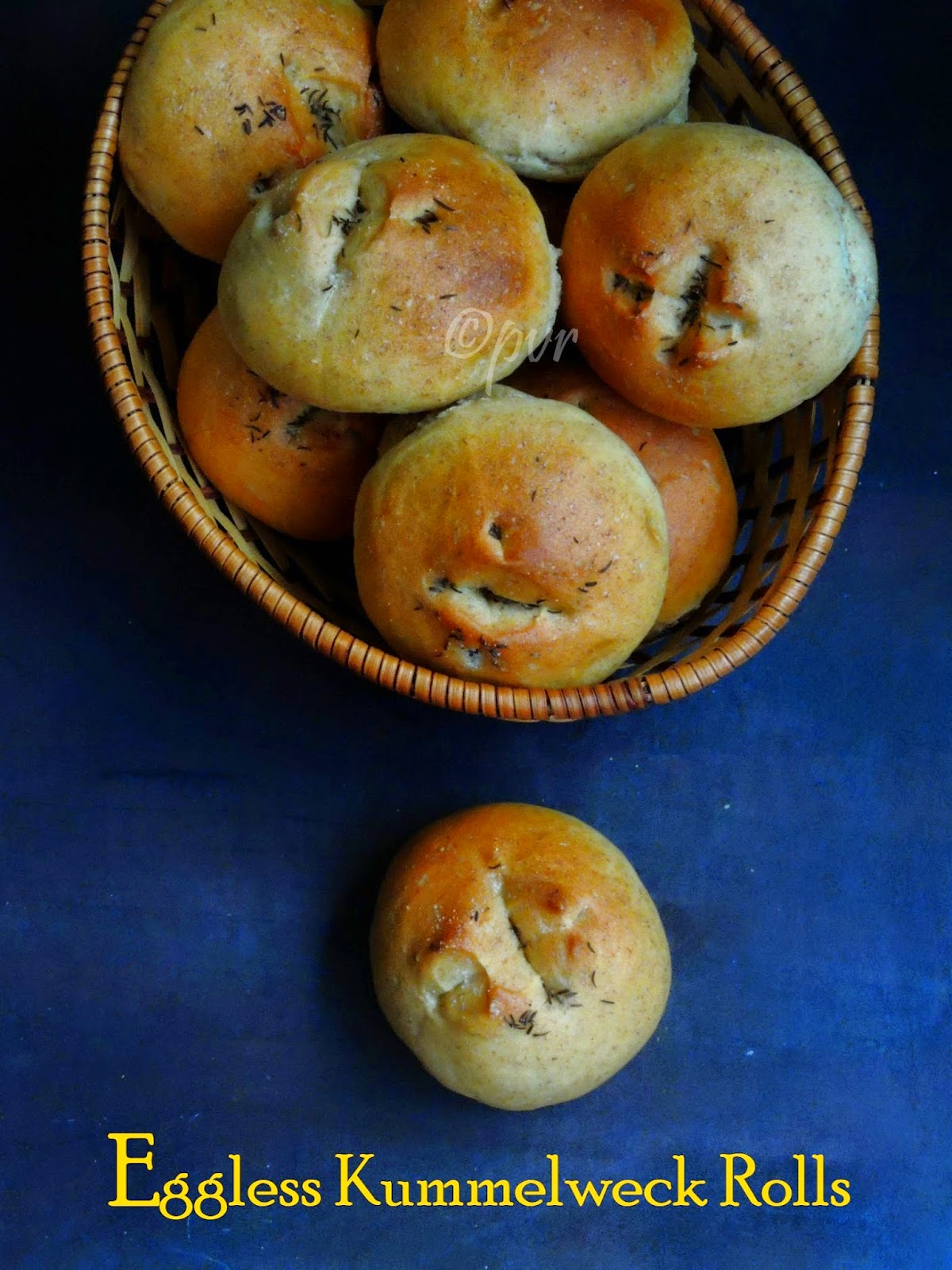 Priya 39 s versatile recipes recap 26days of fire up your oven for Fish shaped bread