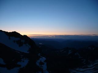 Sonnenaufgang am Zwischenbergenpass