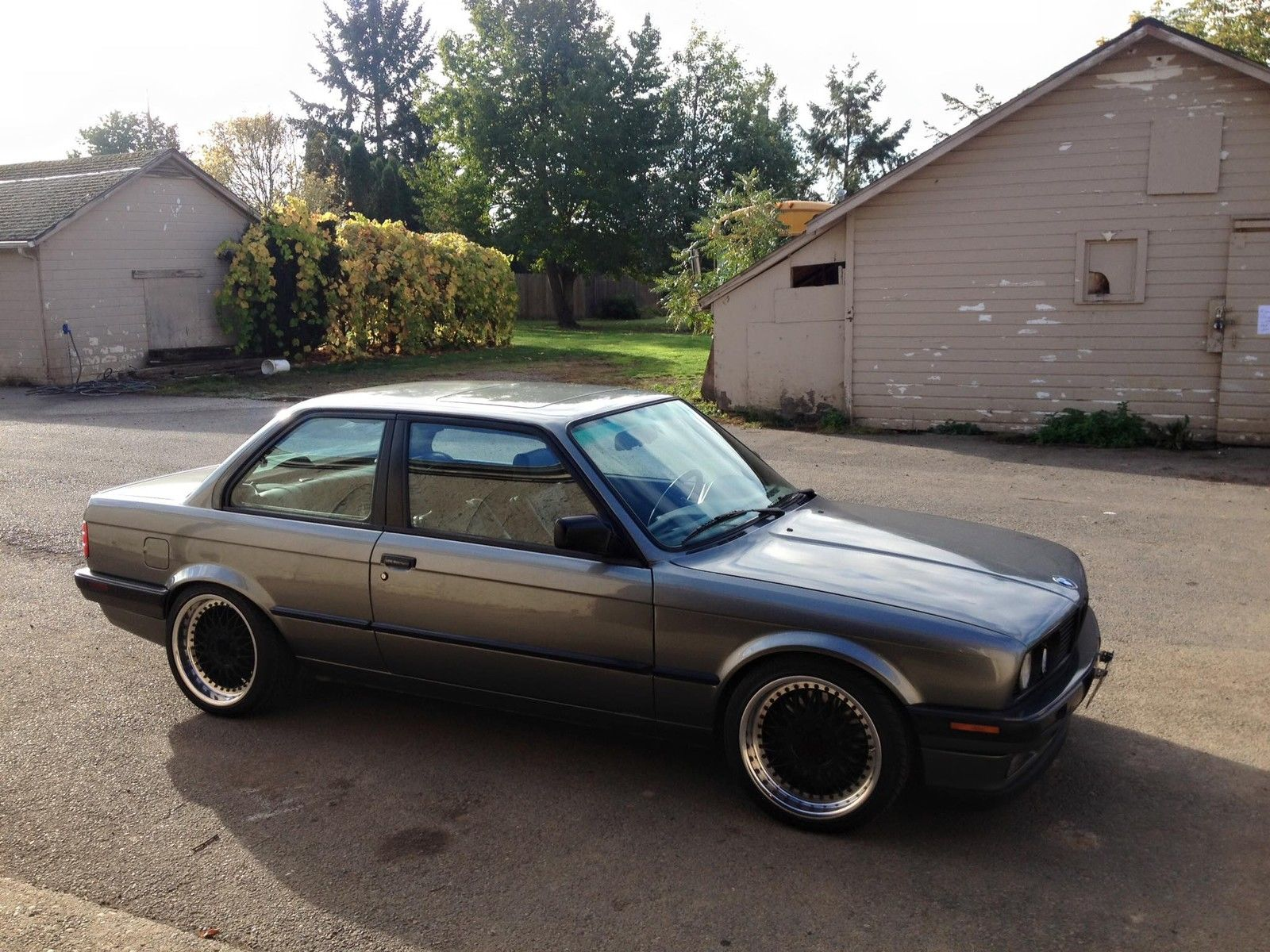 Daily Turismo E30 Sleeper 1988 Bmw 325is