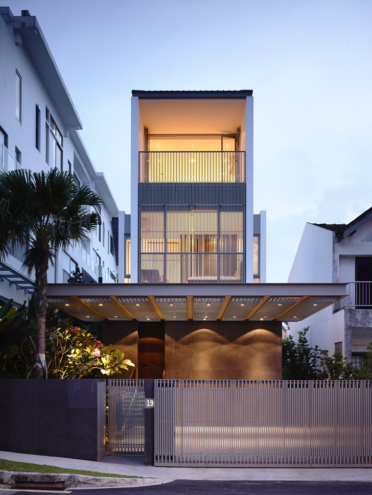 Front facade of Jln Angin Laut dream home by Hayla Architects
