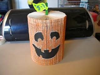 Calabaza para Halloween con Libro, Manualidades Paso a Paso