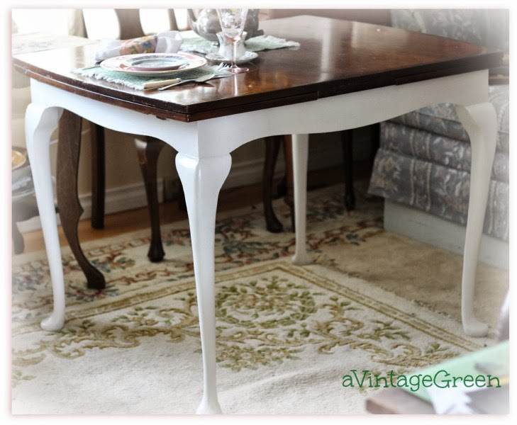 a Vintage Green Table Queen Anne Legs ChalkClay painted Top