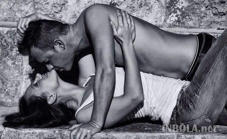 Foto Pose Bugil Nereida Gallardo, Model Panas Mantan Kekasih Ronaldo