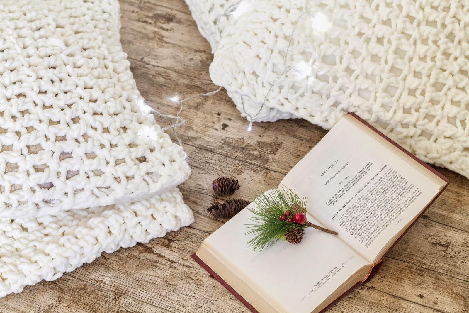 DIY Crocheteando cojines mullidos de lana gruesa / Handmade Crochet Cushion Cover