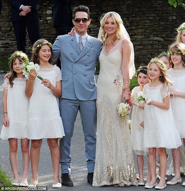 And your bird can sing Picture Perfect Kate Moss Wedding