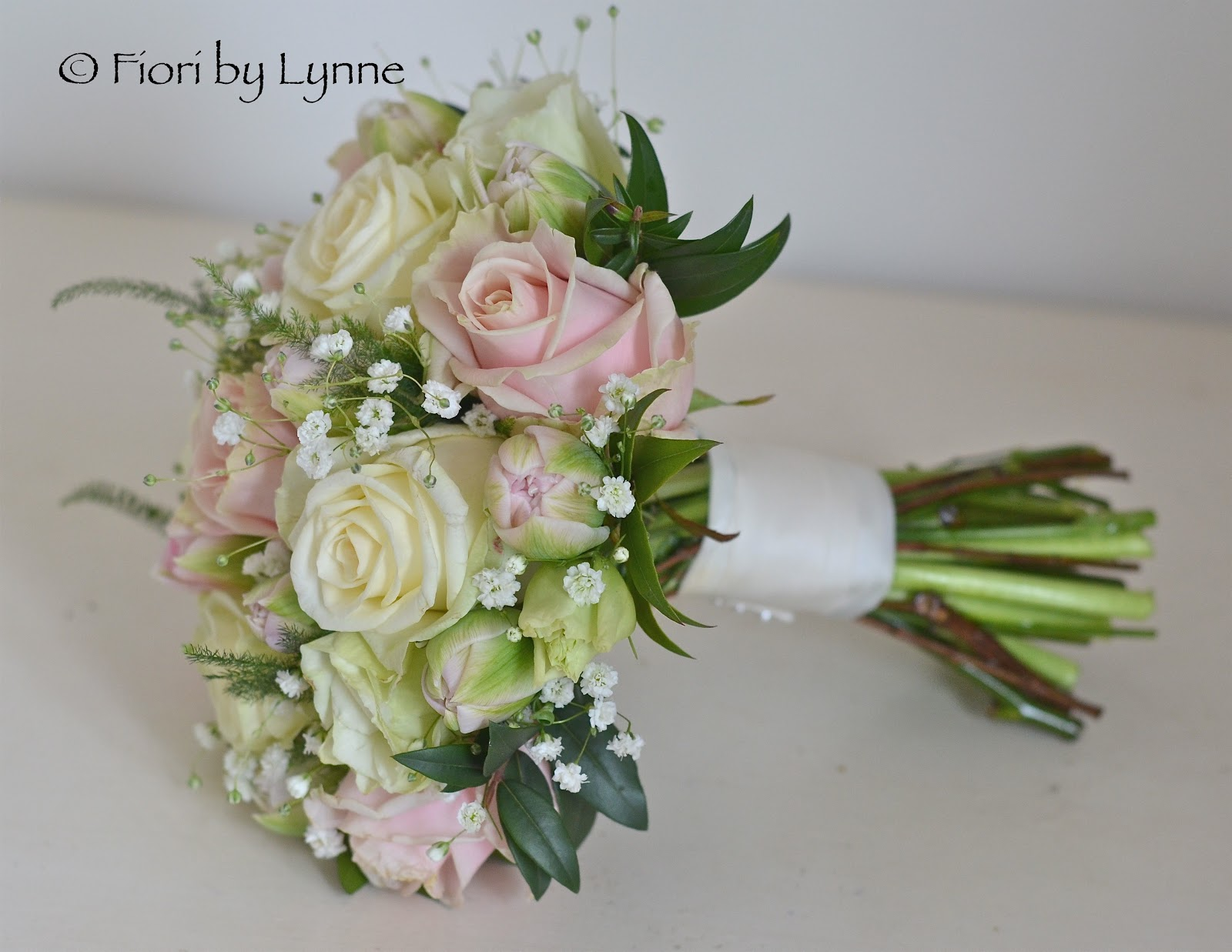 I Love The Mix Of Cream Pale Pink And Green With Gyp So Fresh Pretty