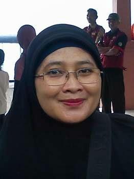 Ceramah Mualaf Dra. Dewi Purnamawati