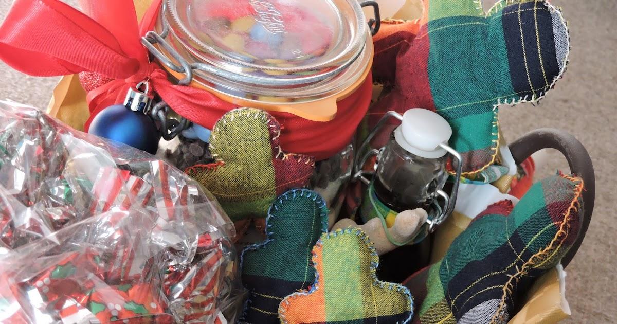 lina et lino albums pour enfants petits cadeaux entre amis. Black Bedroom Furniture Sets. Home Design Ideas