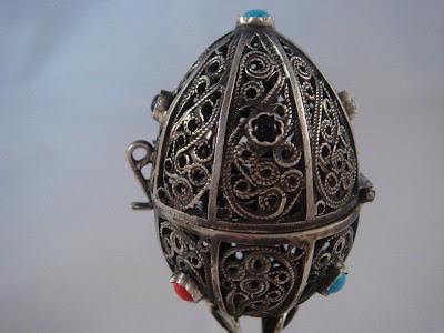1873 RUSSIAN SOLID SILVER EGG OPENED.FULLY MARKED 84
