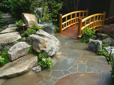foto jardín japonés con puente