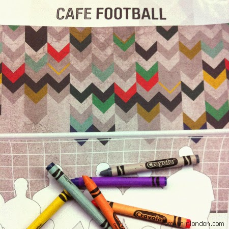 Cafe Football, A Mum in London