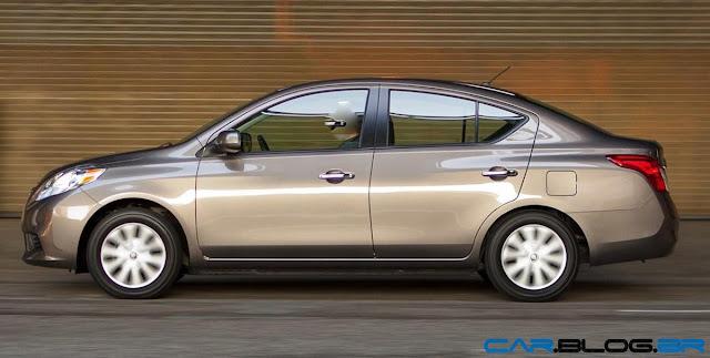Nissan Versa SL 1.6 - lateral