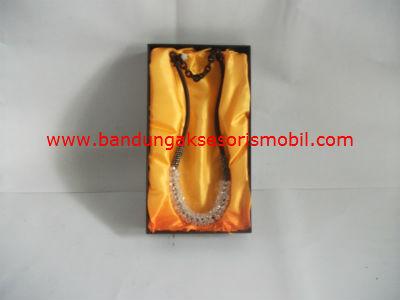 Gantungan Tali Coklat+200 Berlian