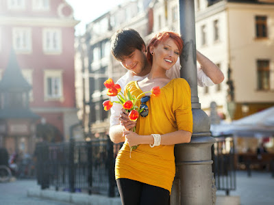fotos de enamorados con flores