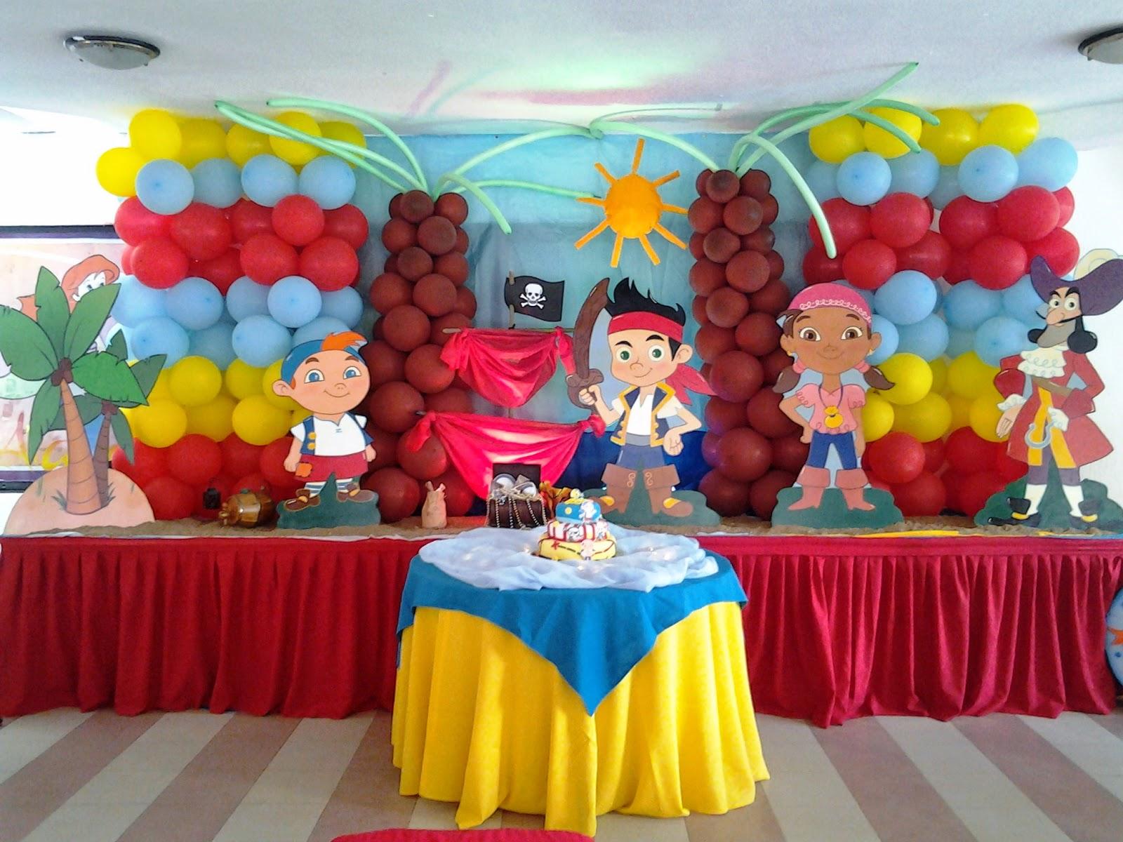 Pkelandia fiesta de jake y los piratas del nunca jam s - Adornos fiesta de cumpleanos ...