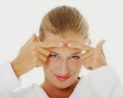 Cara Hilangkan jerawat saat menstruasi;