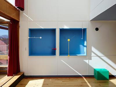 Apartment No. 50 in Marseille von Schweizer ECAL Designstudenten neu gestaltet - Accessoires im Le Corbusier Design