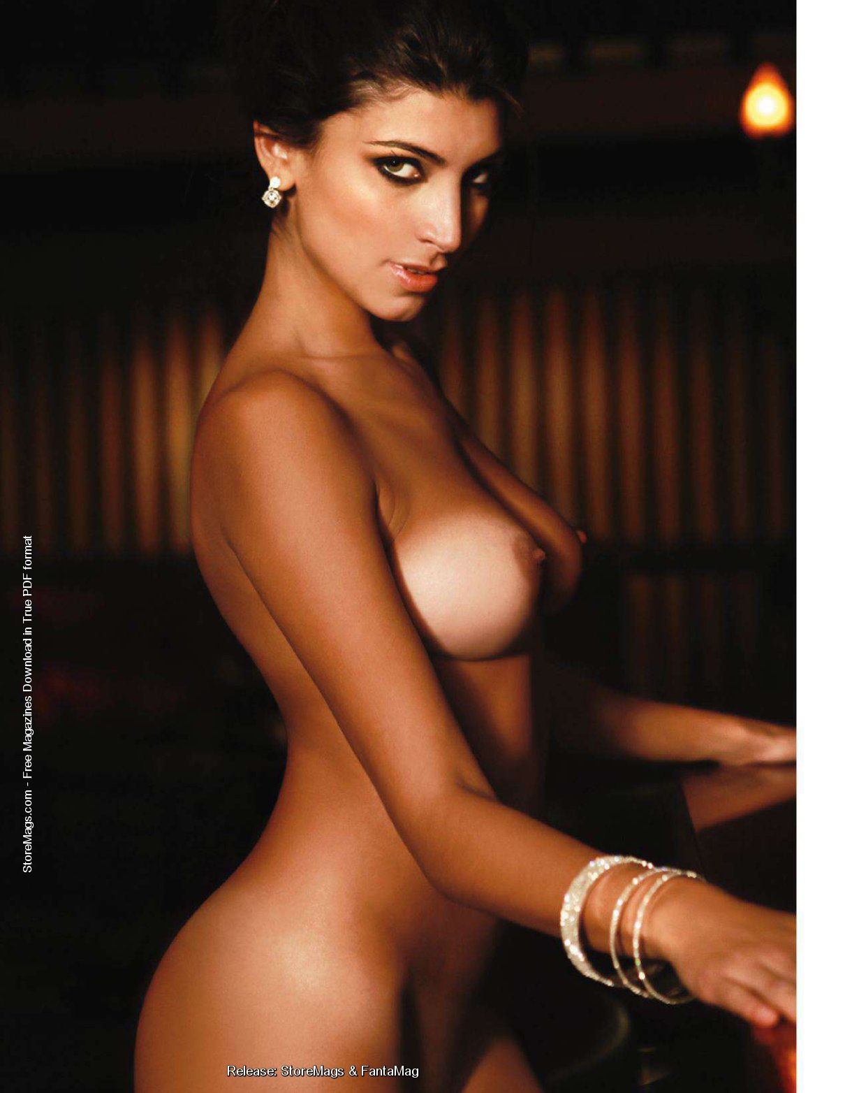 http://1.bp.blogspot.com/-mlP6mnLDNyk/TgOIpOXhqFI/AAAAAAAADFc/E-BCgq2ljVk/s1600/Solange+Gomez+Nude+For+Playboy+Argentina+www.GutterUncensored.com+017.jpg