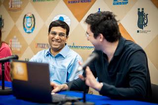 Nulle sur une ouverture Catalane ouverte variant 11.Ca3 entre le Russe Vladimir Kramnik et l'Indien Viswanathan Anand, hier lors de la ronde 11 - Photo © site officiel
