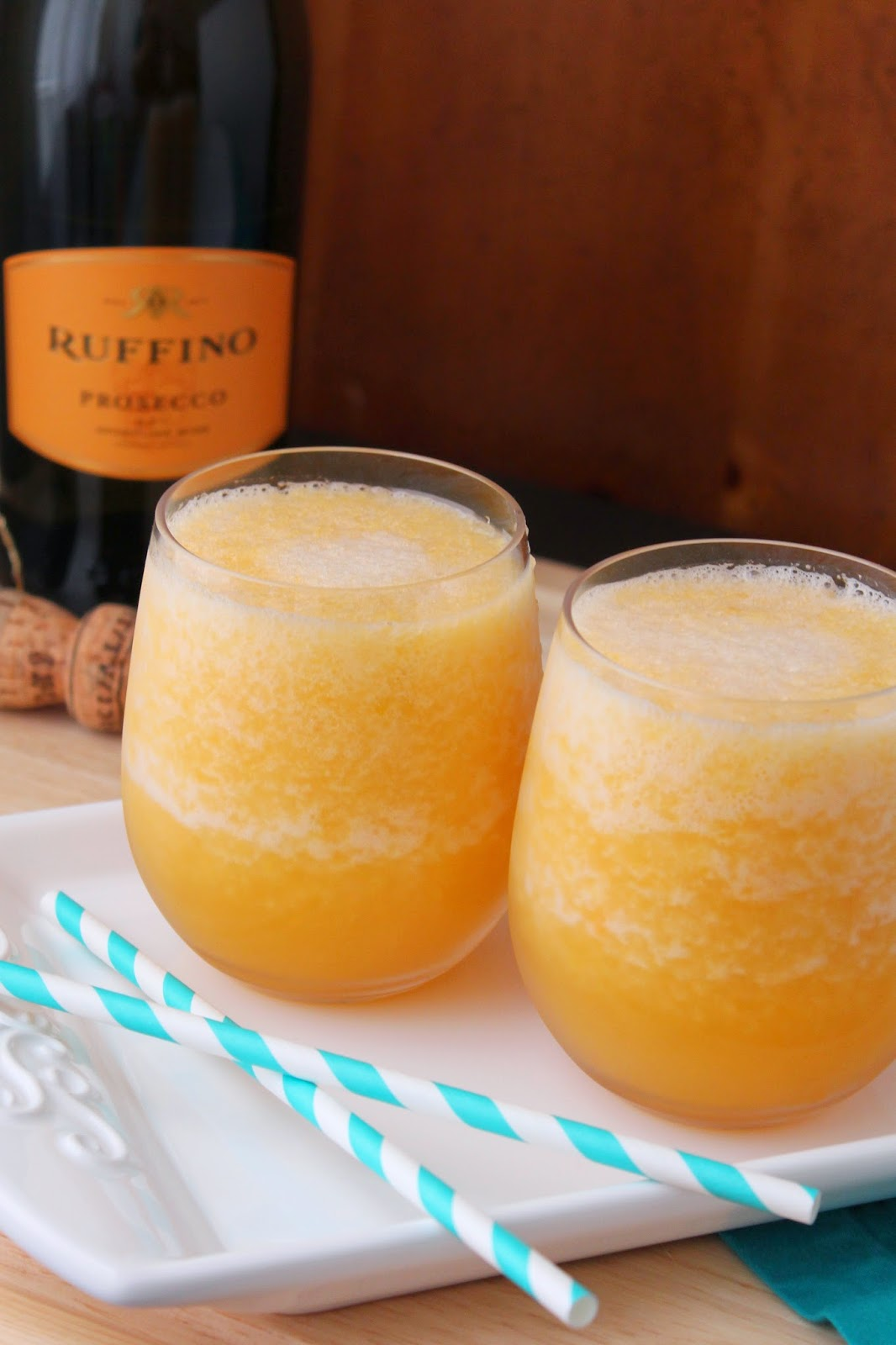 Love and Confections: Frozen Peach Bellini for #BrunchWeek