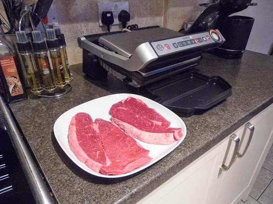 emily 39 s recipes and reviews uk food blog leicestershire grilling steaks with the tefal. Black Bedroom Furniture Sets. Home Design Ideas