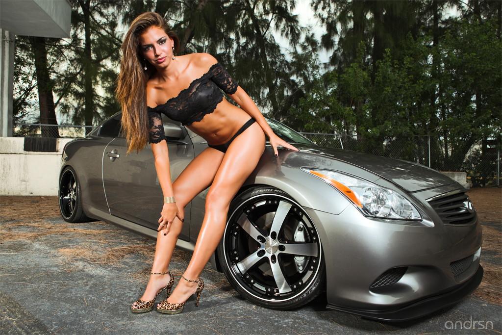 Infiniti G37, kobiety i japońskie sportowe samochody, fotki
