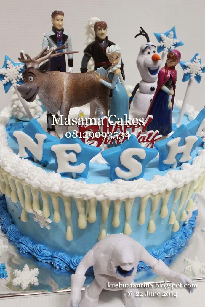 Pesanan Mbak Rani di Emerald residence Bintaro, untuk ulang tahun Nesha yang ke 3 tahun....requestnya Birthday Cake Frozen yang simple aja, base : chocolate ...
