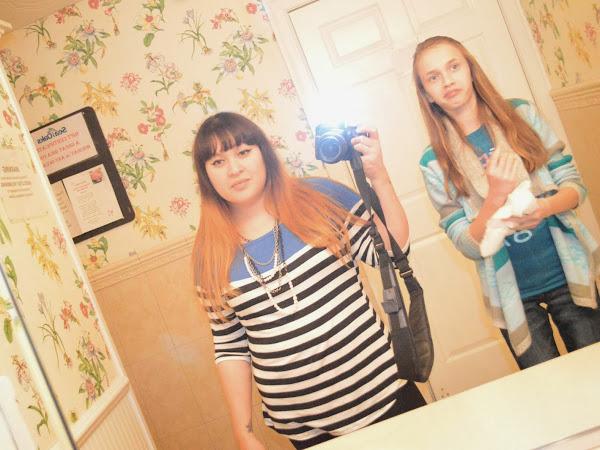The Bathroom Selfie - A Photo Dump
