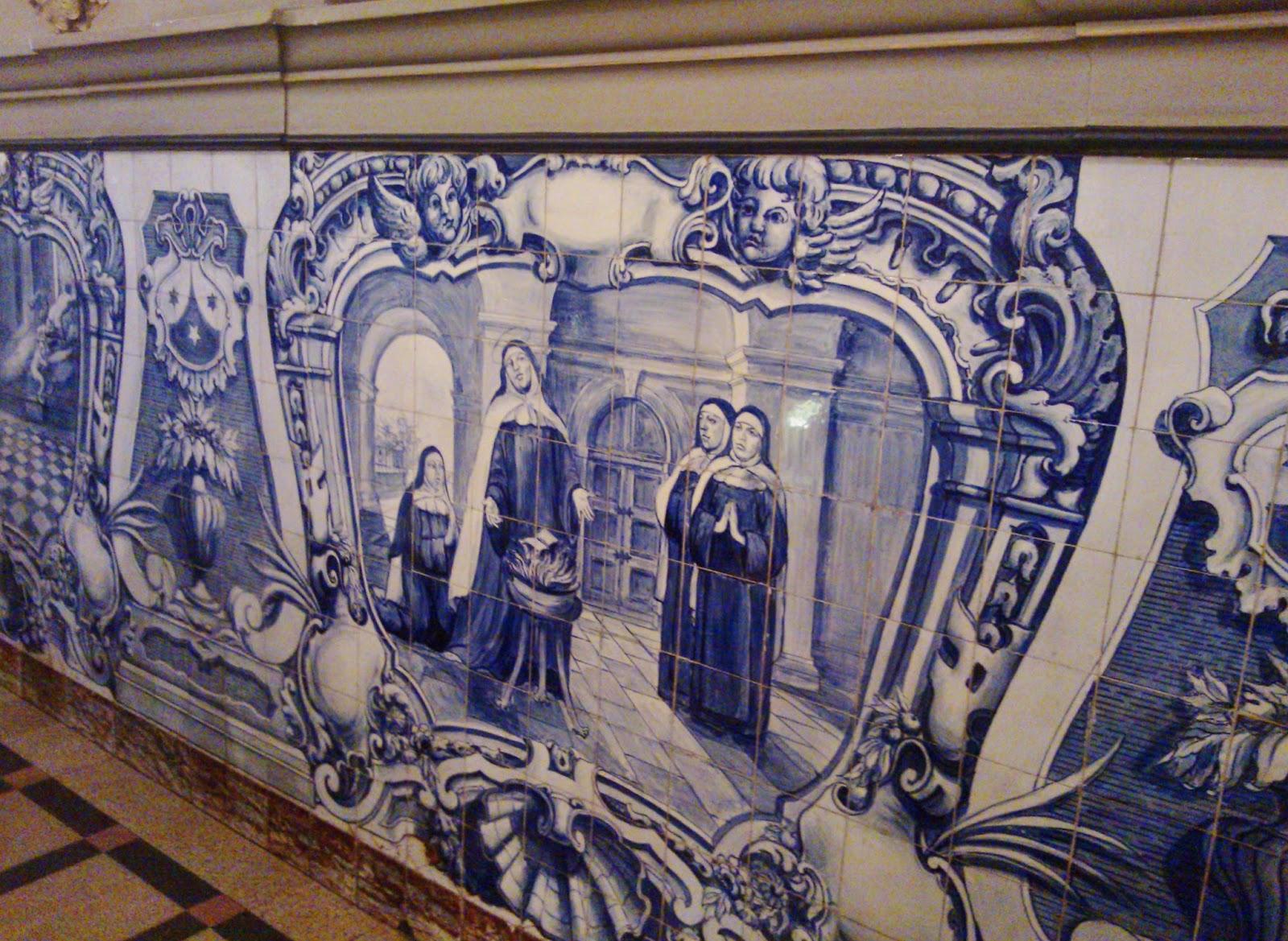 Azulejos portugueses no interior da Igreja do Coração de Maria (Capela da PUC - SP)