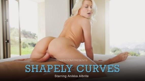 Anikka Albrite Shapely Curves