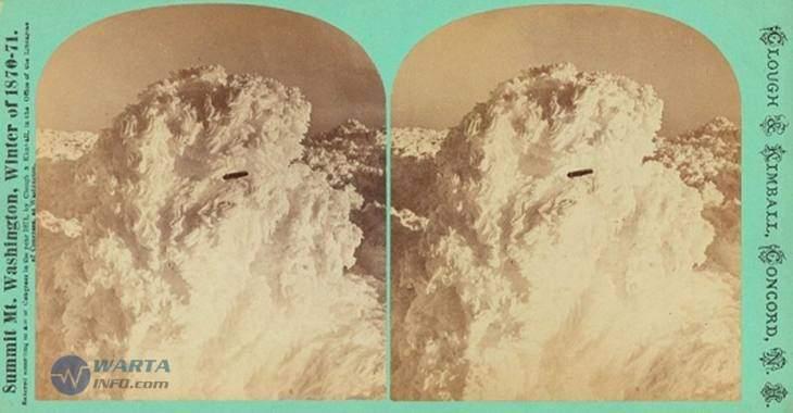 Foto gambar jadul penampakan UFO tertua di dunia tertangkap kamera