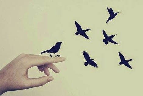 """""""Le di alas, y nunca sentí tanta libertad como al ver partir a quien no es feliz a mi lado""""."""