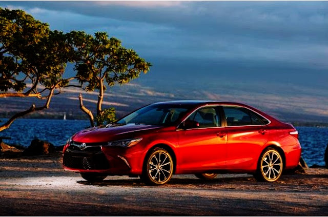 2017 Toyota Camry XSE Test Drive Specs
