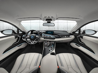 BMW présente la nouvelle BMW i8