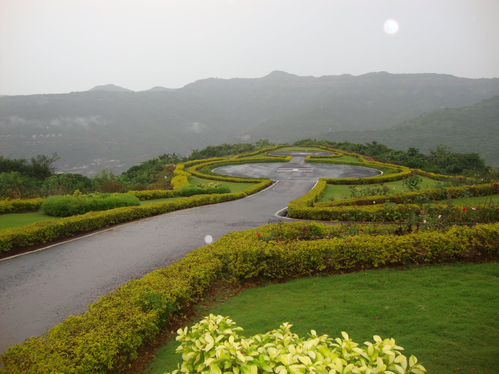 Tourist Places Resorts One Day Picnic Places To Visit Near Pune Mumbai One Day Picnic Trip