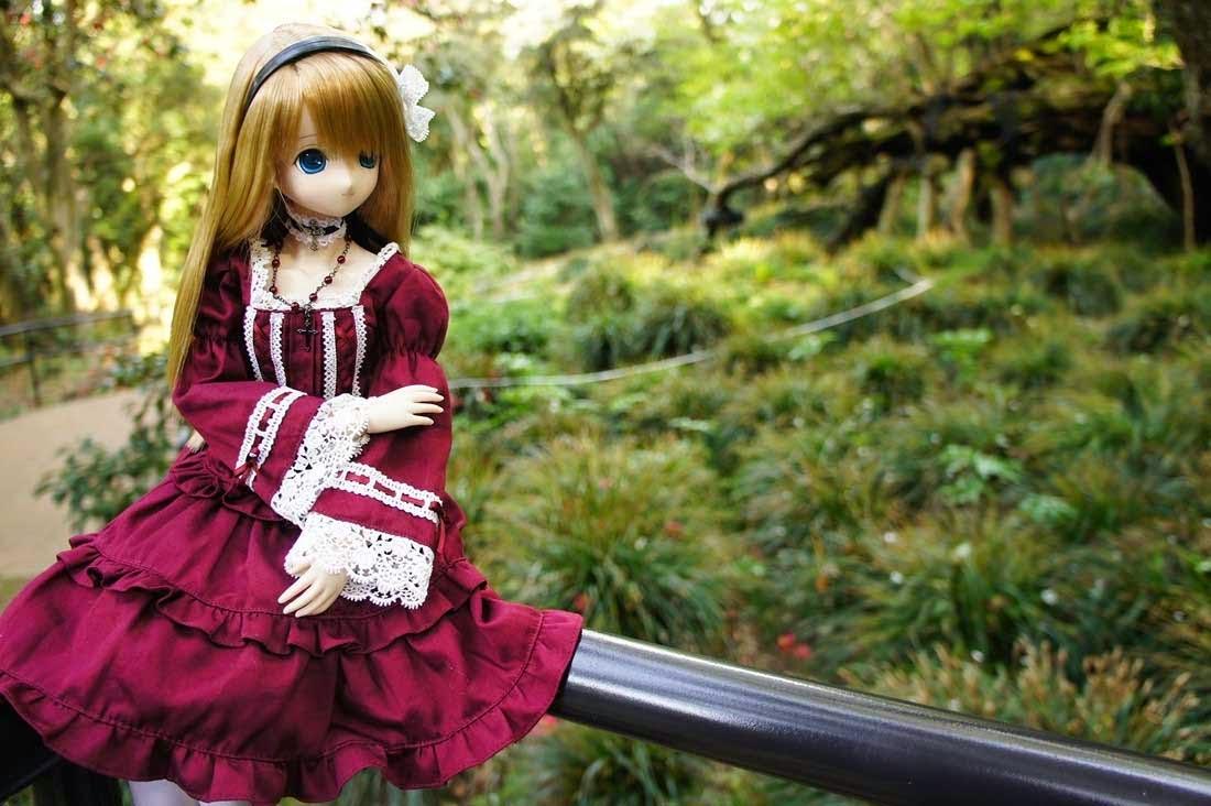 Cute doll wearing woolen cap DollsDollsDolls Pinterest