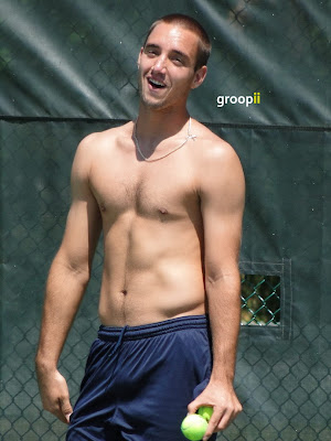 Viktor Troicki Shirtless in Cincinnati Open 2010