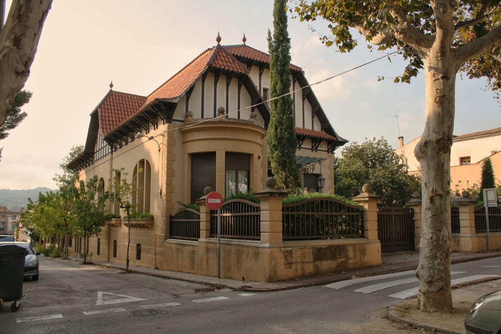 Con ixer catalunya villa trianon la garriga el vall s - Casas en valles occidental ...