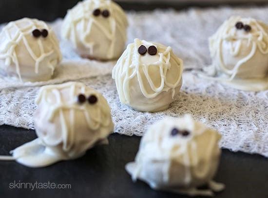 Skinny Mummy Cake Balls von skinnytaste.com