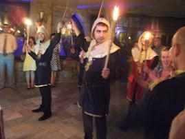 Aspecte din timpul petrecerii la Cavalerul Medieval, 24.VI.2011....